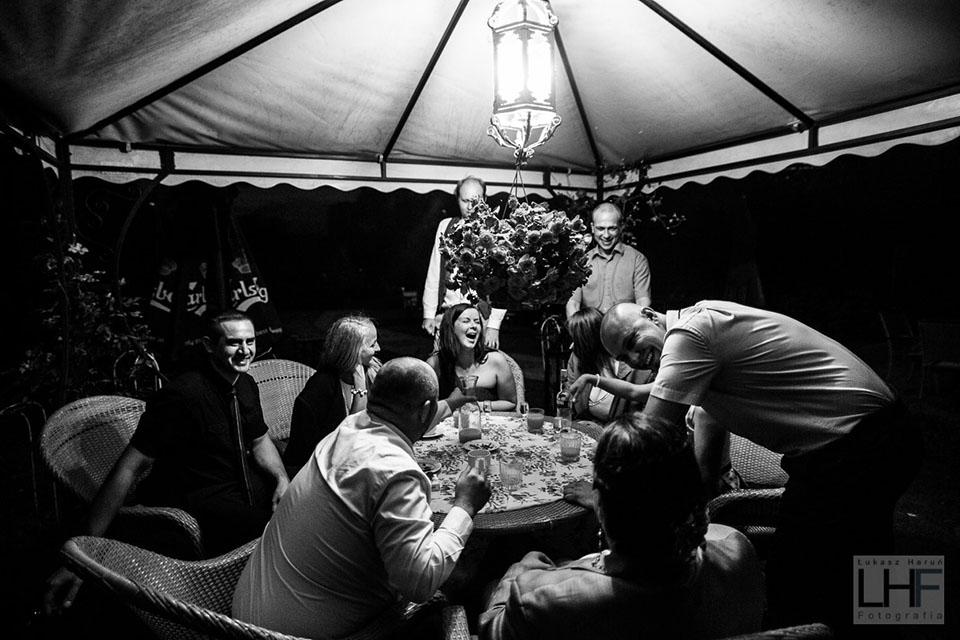Fotografia ślubna. Reportaż podczas wesela