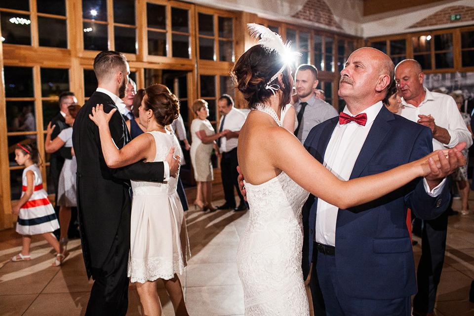 taniec ojca i panny młodej