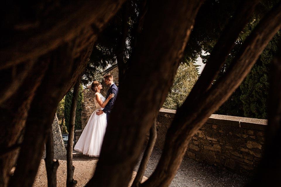 zaangażowany fotograf śluby