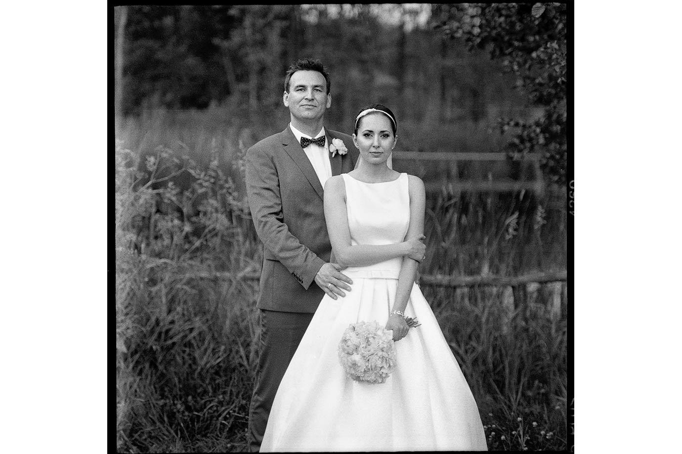 fotografia ślubna na negatywie