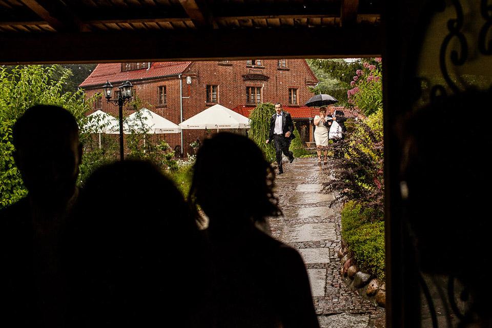 pogoda w dniu ślubu