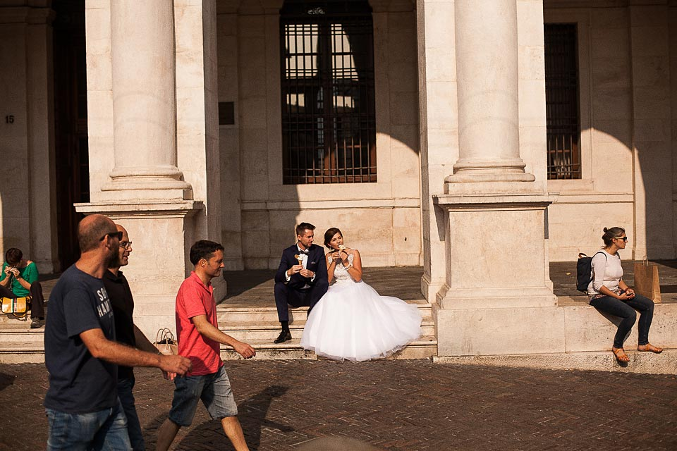 sesja ślubna na luźno