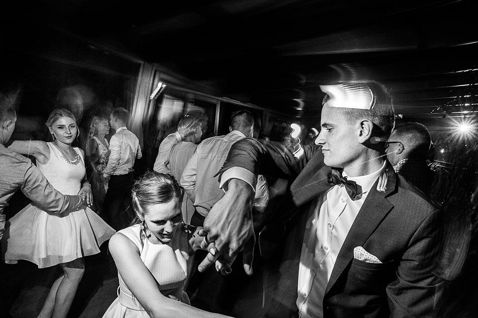 zespół czy dj. kogo wybrać na wesele