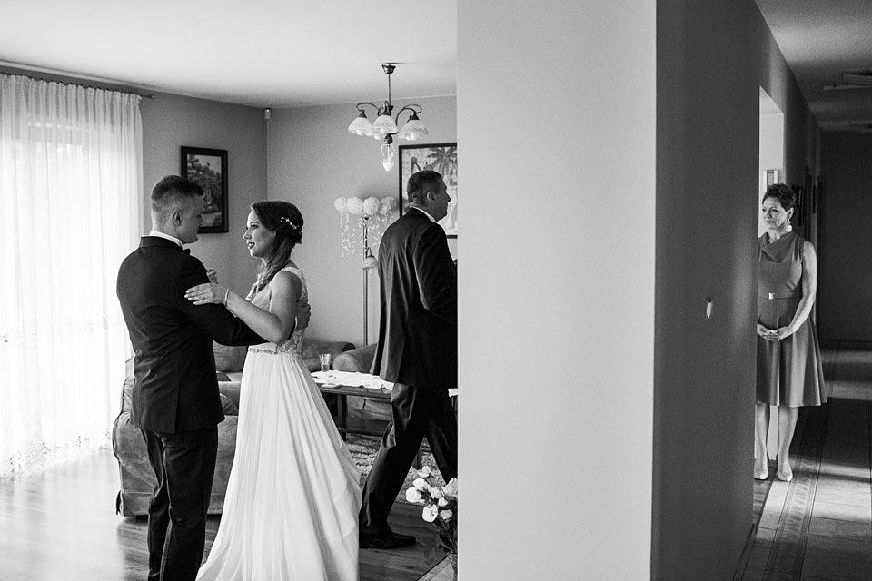 ćwiczenie pierwszego tańca przed weselem