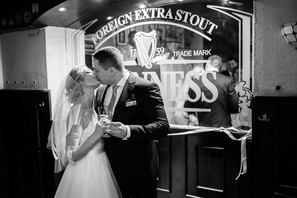 wesele z grandsem w tle