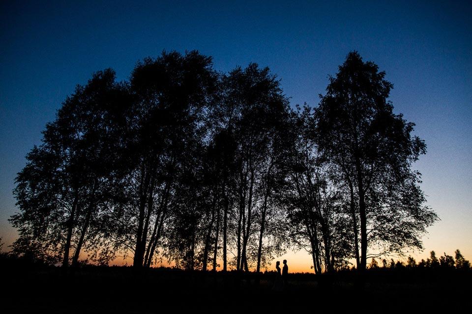 sesja ślubna po zachodzie słońca