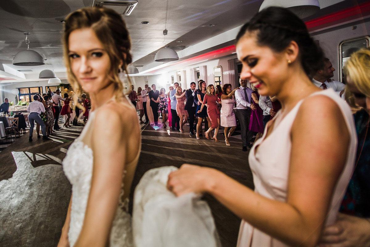 wesele w białej wstążce