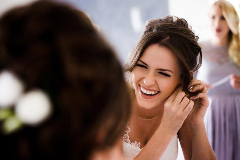 wesoła fotografia ślubna