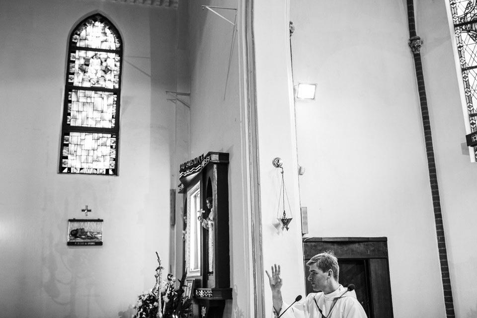 tradycyjny ślub kościelny