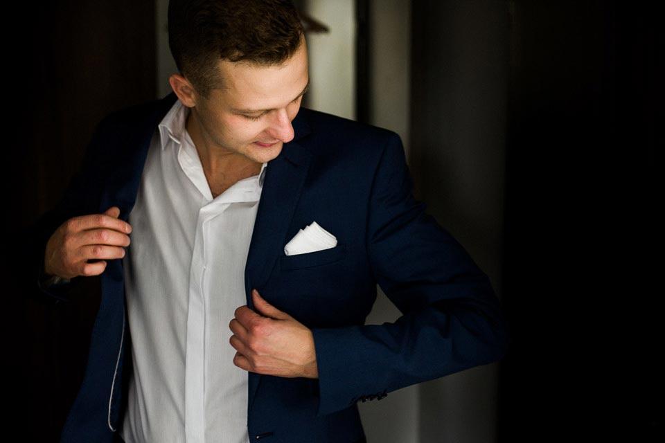 dobry garnitur ślubny