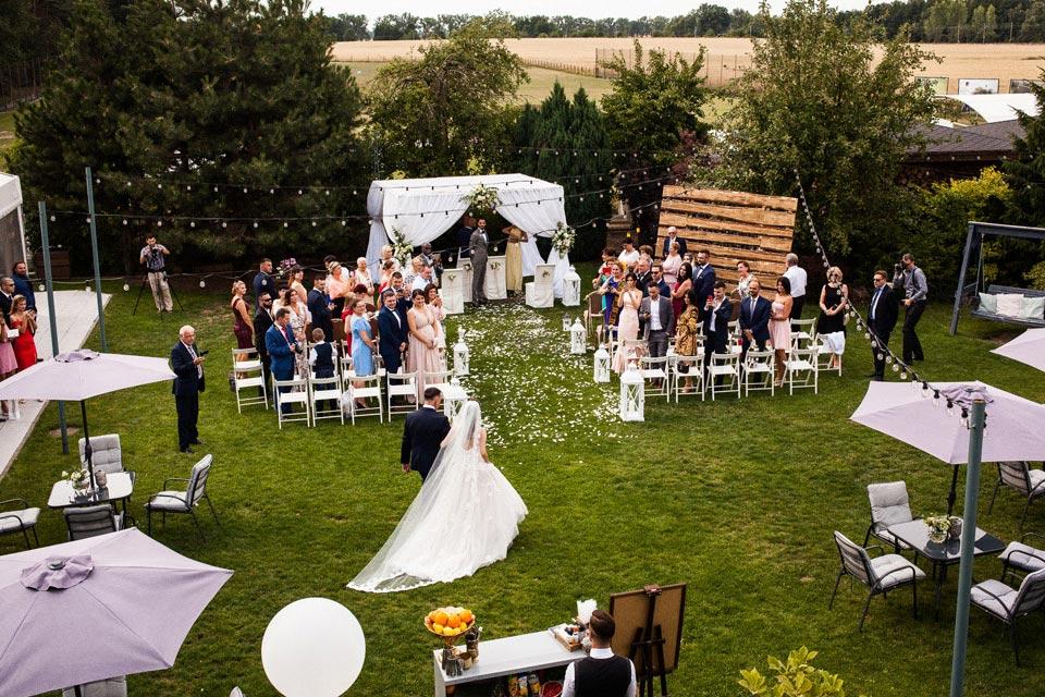 Rezydencja Solei w Poznaniu ślub w ogrodzie i wesele