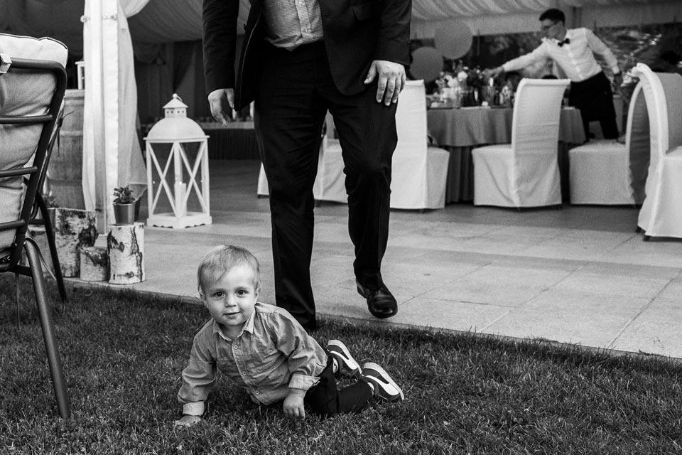 dzieciaki na weselu