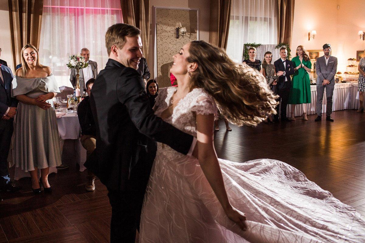dynamiczne zdjęcia ślubne