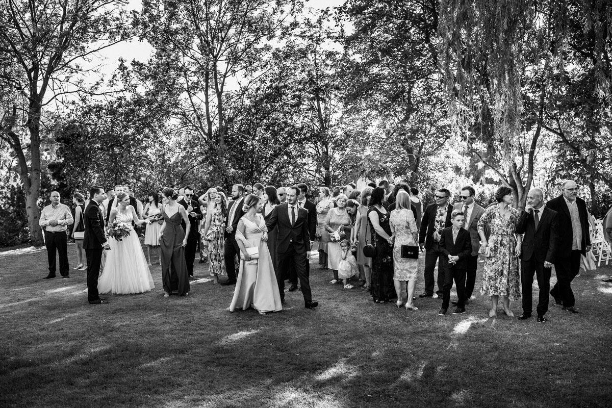 duzo ludzi na weselu