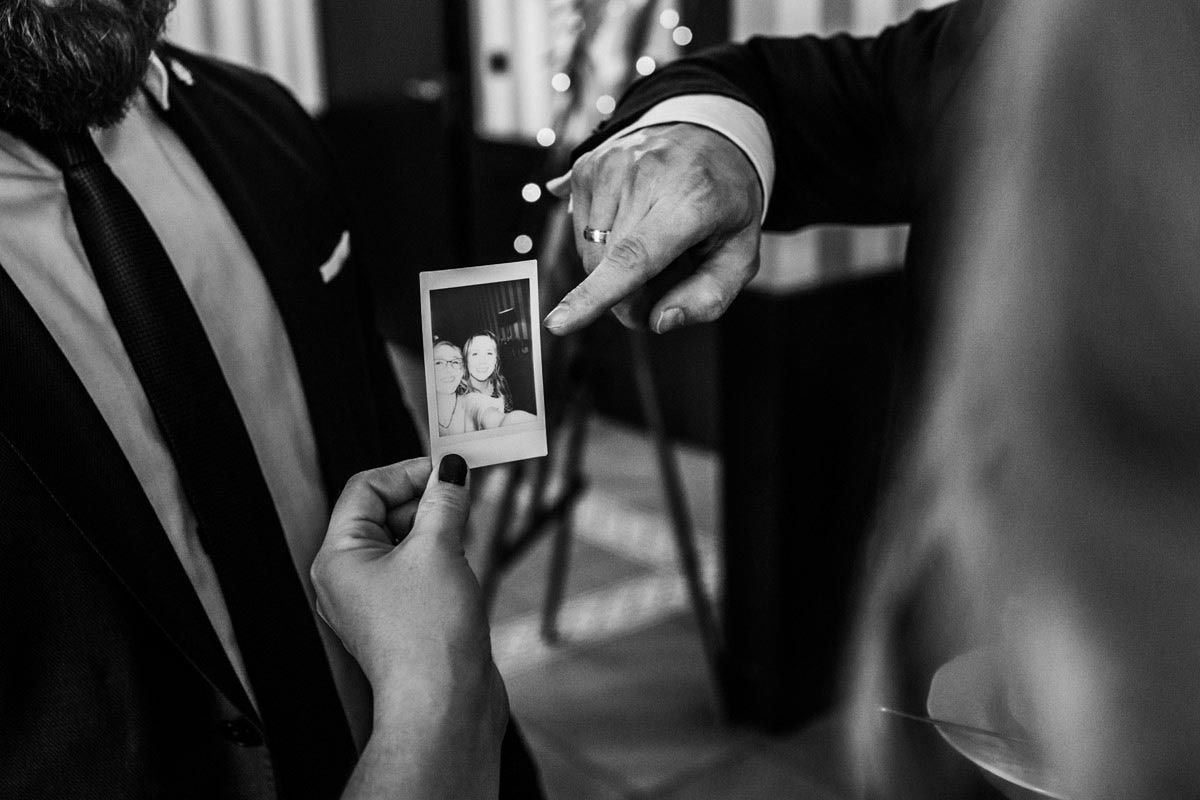 instax na wesele aparat natychmiastowy